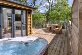 The Tree House Hot Tub - Yorkshire