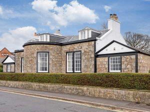 Retreat 19405 – Largs, Southern Scotland