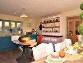 Retreat 24445 – Horsham, South Coast